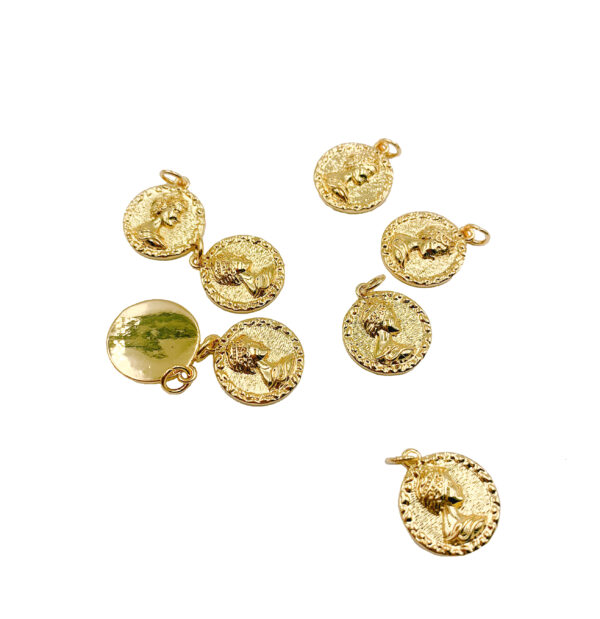 Delicate Tiny Queen Elizabeth Decorative Edge Round Coin Medallion Pendant Charm 24K Gold Filled for Jewelry Making Supplies 15mm CP1194